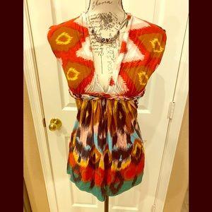SKY Brand beautiful low-cut Top w/Crochet Back L